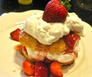 Individual Strawberry Shortcakes with Scones